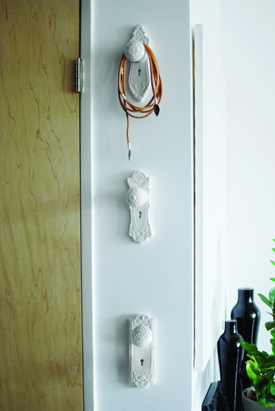 scissorsandthread:  Door Knob Hangers | Imm Living Though not a DIY, this pic gives lots of inspiration to create something similar in my own house. Wouldn't a bunch of these look great in the bathroom for hanging towels? Or a couple near the front door to hang your bag? You can usually find old doorknobs in second hand stores, reclaimed furniture stores, etc. Clean them up, spray paint them your chosen colour and attach to the wall. Easy yet effective!