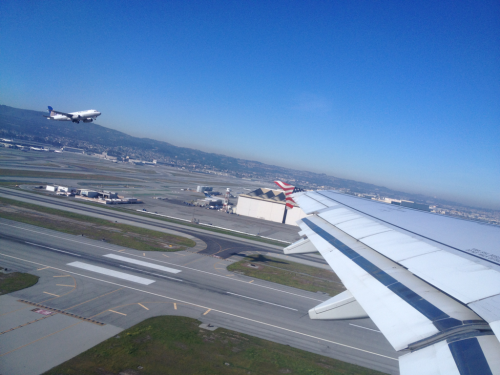 Simultaneous take off.   SFO.