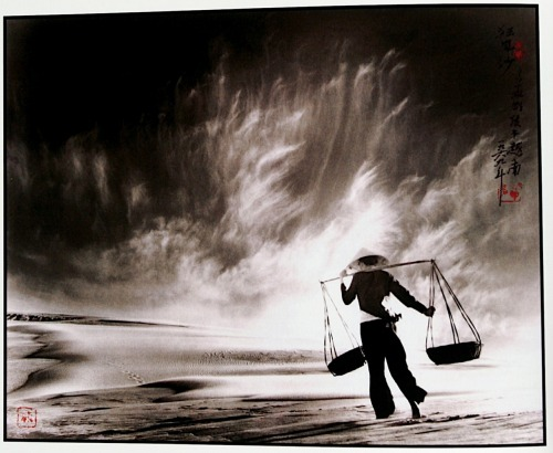 Don Hong-Oai  http://www.photoeye.com/Gallery/forms/index.cfm?image=1&id=96098