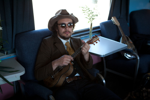 Ben Lovett of Mumford & Sons on the 2011 Railroad Revival Tour. Photo copyright Ryan Gall.