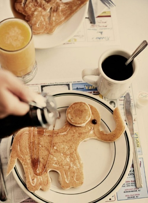 latenightsummers:  cutest pancake ever