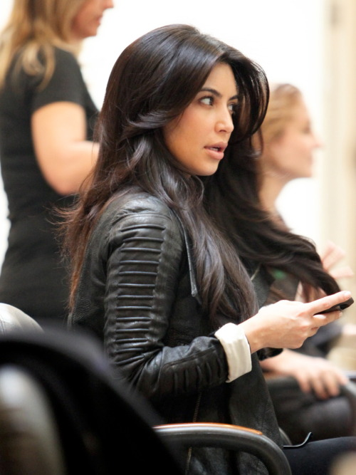 "Kim Kardashian went to ""Shades"" hair salon this afternoon in Beverly Hills - January 11, 2012."