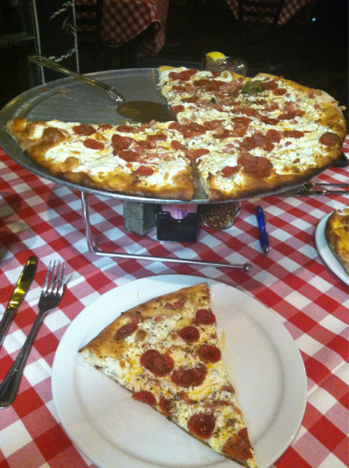 Grimaldi's for dinner: large white pizza with garlic, pepperoni and ham