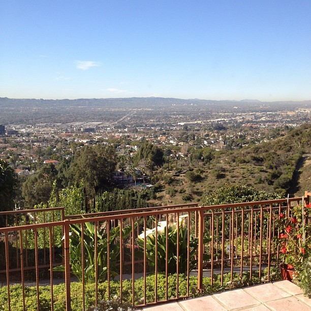 Starting my day off with this view..:) #gratitude #beautifulday #sunnycalifornia (Taken with instagram)