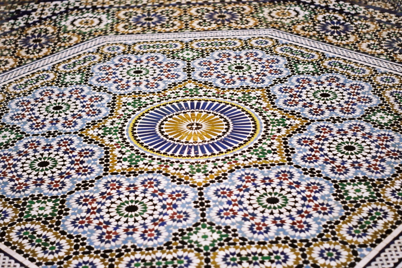 kingaburza:  Moroccan tiles