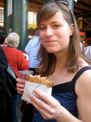 Pizza Sandwich & Pimms at the incredible Borough Market - London, England - May 2009