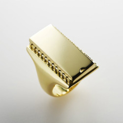 usb ring in gold
