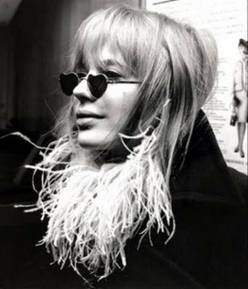 theswingingsixties:  Marianne Faithfull