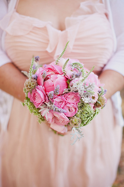JMFlora Design bouquet and photographed by Jodi Miller Photography.
