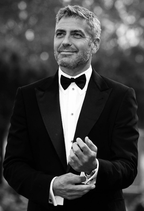 Clooney…..sigh.  toteardown:  Not going to pretend. He is indeed dreamy.