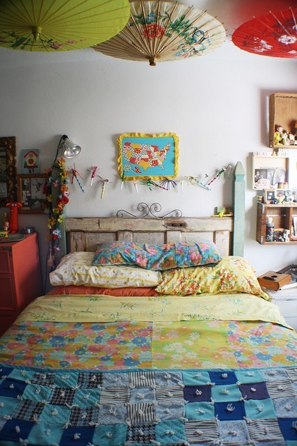 My Bohemian Home ~ Bedrooms and Guest Rooms  Adorable bedroom photographed by Jessica Wilson (found on Pinterest)