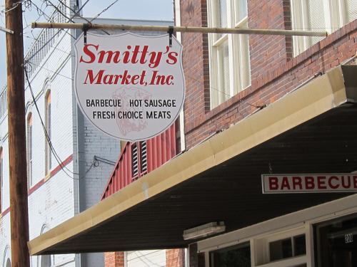 We had awesome hot links at Smitty's! Love to go back someday. tacopedia:  Smittys2 on Flickr. Smitty's Market in Lockhart, Texas, y'all