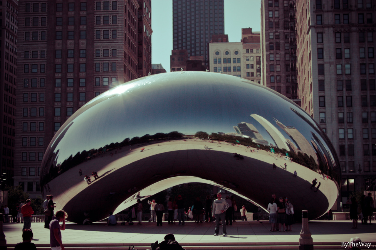 "Cloud Gate (""the Bean"") by Anish Kapoor - Millenium Park, Chicago"
