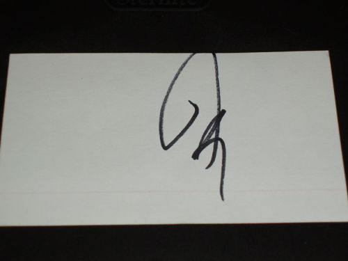 tinatina-sweetly:  So this is an autograph of Josh Groban on ebay, being sold like a boss! Definitely for @GrobanDoneWrong. Wrong enough?  what that actual frick? lol