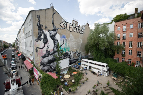 kimblasiansue:  ROA Around the World: Kreuzberg -Nature Morte- Manteuffelstraße / Oranienstraße, Berlin - July 2011  Thx to Skalitzer Gallery; Image by JUST