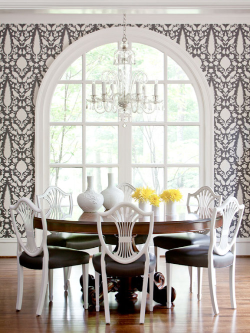 Such a classy and elegant black and white dining room