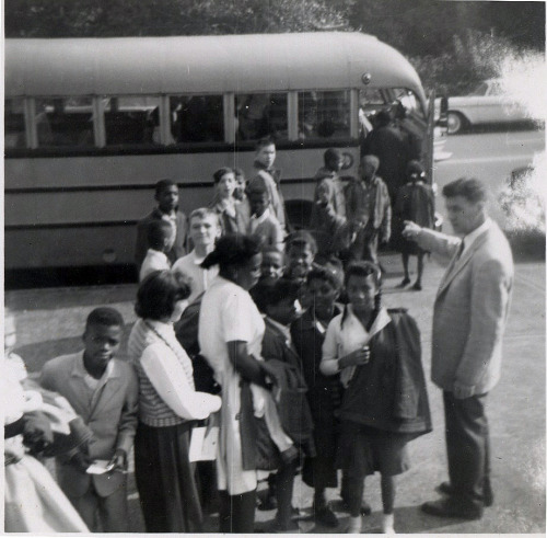 Busing Baltimore, MD, 1953 ©WaheedPhotoArchive, 2012