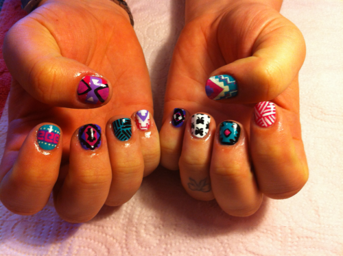 fleuryrosenails:  perfectten:  Fleury Rose did my nails!!!  So glad Haley uploaded a photo!! She came all the way from Texas to see me :):) If you get your nails done by me, send a link and i guarantee a reblog!