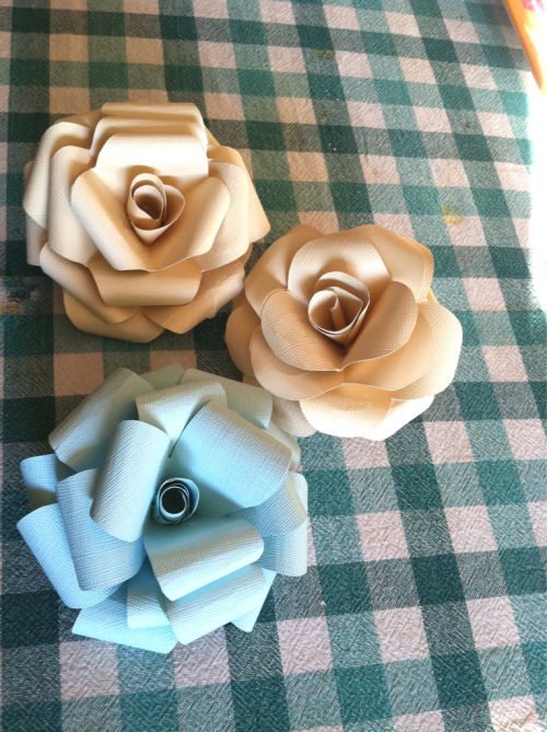 I made some more flowers!