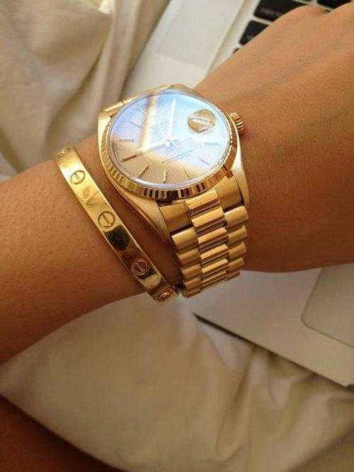 f-aun:  lovely-andfree:  i cant not reblog this…….  Omg that watch