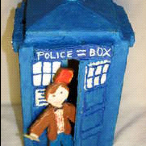 Doctor GingerWho!! #doctor #who #doctorwho #tardis #blue #sonic #screwdriver #freak #friki #girona #spain #winter #nofilter #igers #igersgirona #igersspain #iphonesia #instagramhub #photooftheday #art #instagram (Taken with Instagram at König Espai Gironès)