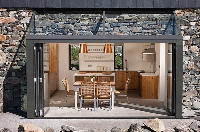 micasaessucasa:  (via Connemara Residence by Peter Legge Associates)