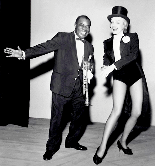 iloveretro:  Marlene Dietrich and Louis Armstrong in Las Vegas (1962)