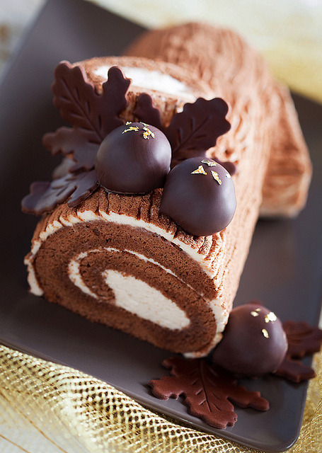 ffoodd:  Chestnut mousse log (by laperla2009)