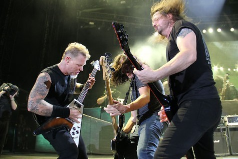 "captainripp:  James Hetfield, Frankie Bello and Gary Holt playing Motorhead's song ""Overkill"" at the Big 4 show in New York. Gary was filling in for Jeff in Slayer."