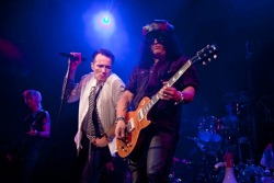 "rollingstone:  Supergroup Velvet Revolver and a bunch of their friends – including Tom Morello, Maroon 5 and Stephen Stills – came together at the West Hollywood House Of Blues last night for a bittersweet one-off, four-song performance to honor their late friend, the composer John O'Brien.  It was almost midnight when Scott Weiland, Slash Duff Mckagan, Dave Kushner, and Matt Sorum took the stage together for the first time in four years to send out love and support to the O'Brien family.  The group seamlessly rocked their way through four tunes, ending with an emotional cover of Pink Floyd's ""Wish You Were Here,"" a mournful tribute to their late friend.  Read more about Velvet Revolver reuniting for ""Love You Madly: A Concert For John O'Brien"" at RollingStone.com. —Julia Buchmiller"