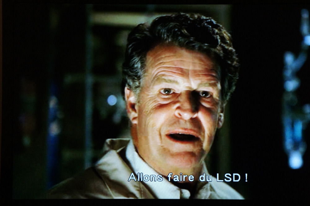 "plmd:  Friday night, I finally watched the first episode of Fringe. The cool thing I'll make today is just to take the picture of Walter saying this already famous quote: ""Excellent! Let's make some LSD!"" He made something cool that day."