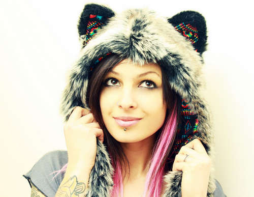 reloveplanet:    ♥ What's in my Closet: SpiritHoods ♥