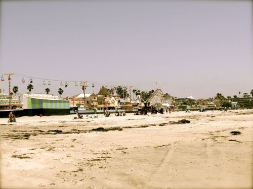 iamthedreamerinthedream:  Santa Cruz [:   I know my birthday is 5 months away, but I'm definitely sure I want to go to Santa Cruz for my birthday. It's the perfect time to go too, the end of June (: