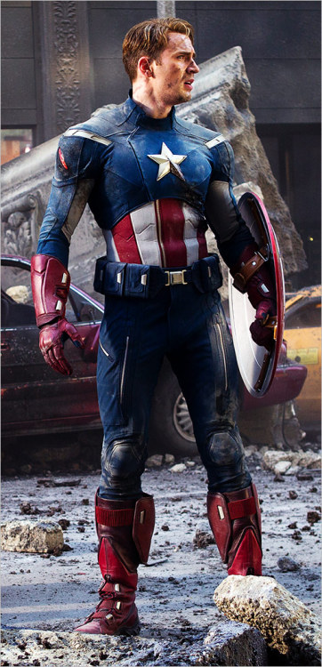 "New ""The Avengers"" pic of Chris Evans as Captain America: http://thechrisevansblog.blogspot.com/2012/01/new-avengers-photo-of-chris-evans-as.html"