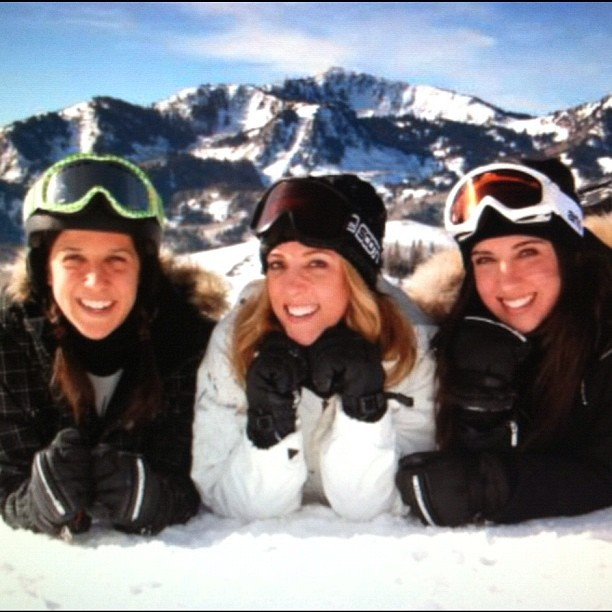 Skiing with my sisters 💗 (Taken with Instagram at Deer Valley Resort)