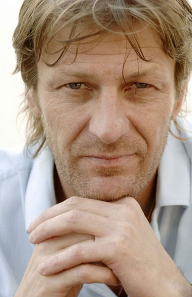 sexyseanbean:  Hello there, what are you thinking about?