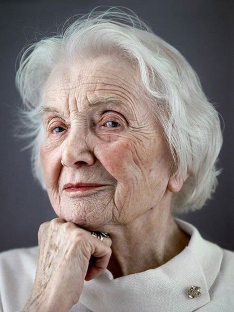 "Happy At One Hundred: Emotive Portraits of Centenarians Michael Zhang, petapixel.com For his project titled Jahrhun­dert­men­sch, Ger­man pho­tog­ra­ph­er Karsten Thor­maehlen shot por­traits of elder­ly men and women who have reached the ripe old age of 100, also known as a ""cen­te­nar­i­an"". In 2009, the UN esti­mat­ed th…"