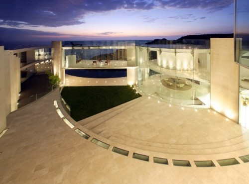http://www.home-designing.com/2011/02/house-with-insane-sea-view
