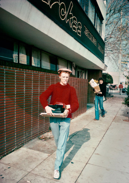 suicideblonde:  David Bowie photographed by Brad Elterman