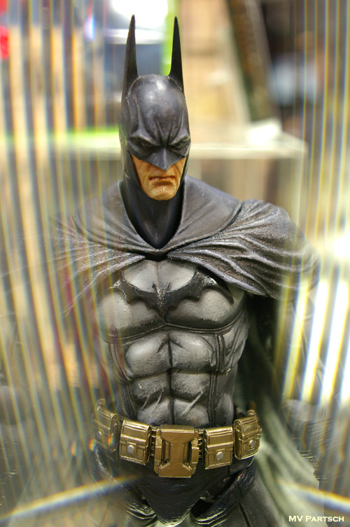 The Bat. Comic-Con. San Diego. 2011. Square Enix: Play Arts Kai Display.