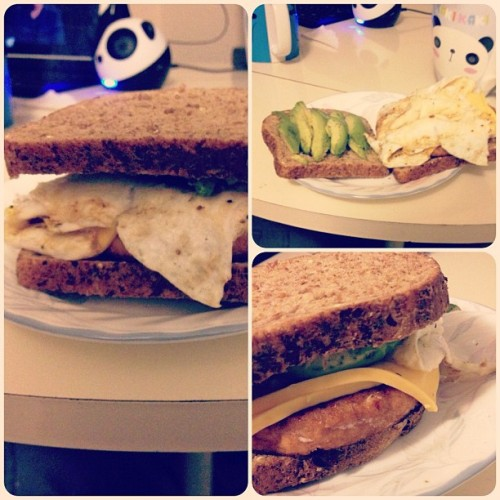My post #workout #meal … #salmon #burger with #eggwhites , #avocado , #cheese and #wholegrain bread …. #yummy !! ☺ #wellnesschallenege #foodporn #diet #healthnut #fitness  #ig #instagram #instamood  (Taken with instagram)