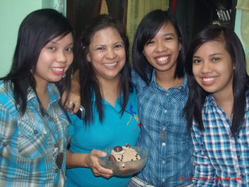 GPOY: The-girls-in-our-family edition And belated happy birthday to my mom. ♥