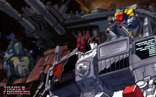 Primus and Metroplex by ~DeadSexyXXX A nice pic showing one of the more (I think) realistic scales for various mech sizes, including Primus, Metroplex, and Omega Supreme.