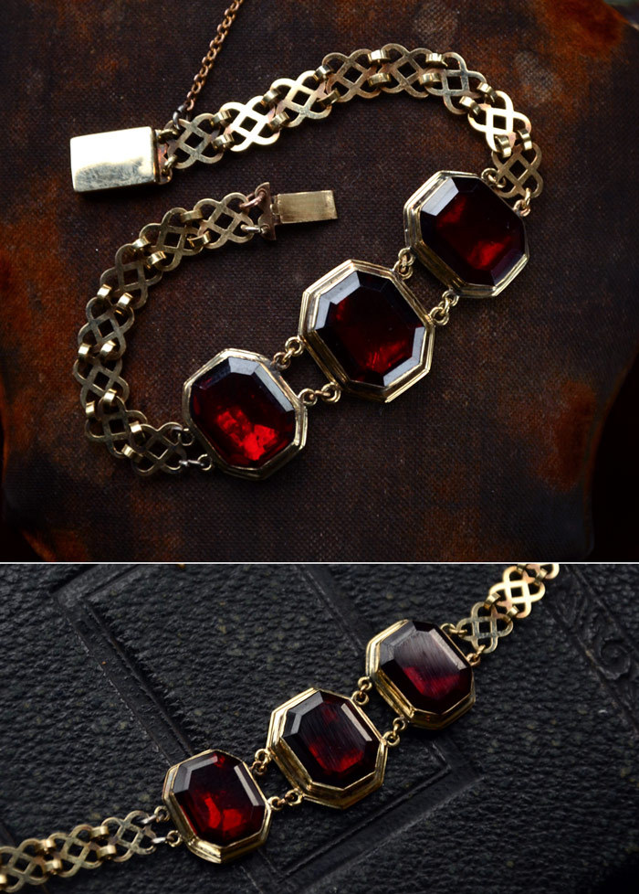 1830s Georgian Foiled Garnet Paste Bracelet, 14-15K Gold (sold)