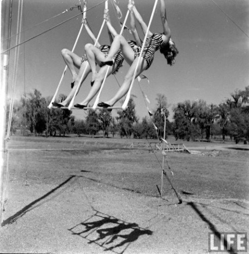 Circus girls, Florida State University, 1952 Photo by Loomis Dean for LIFE magazine