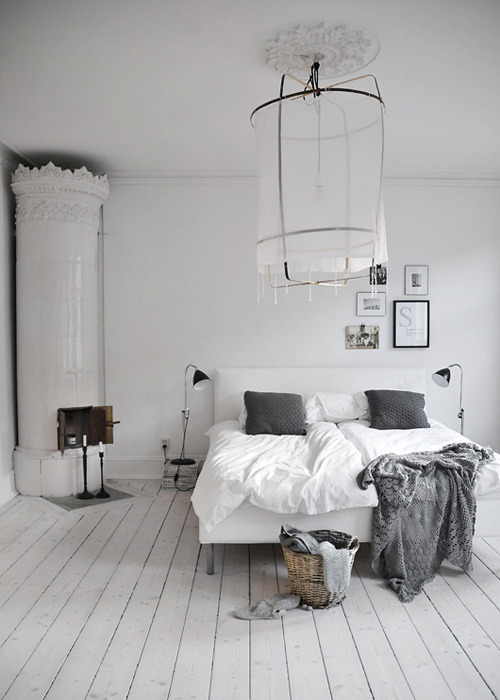 niceroom:  (via grey bedrooms | the style files)