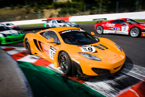 yrys-automotive:  McLaren MP4-12C GT3 by VJ Photography on Flickr.