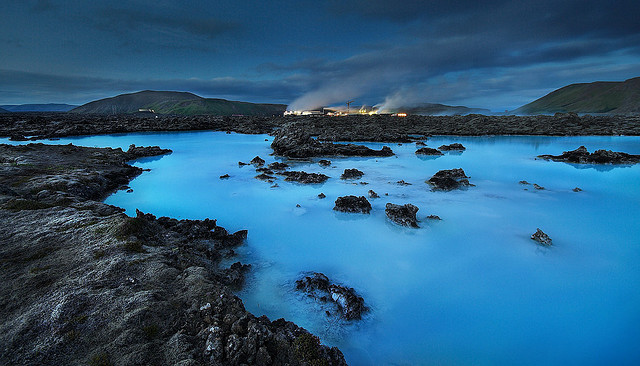 Black and Blue by jens_i_r on Flickr.