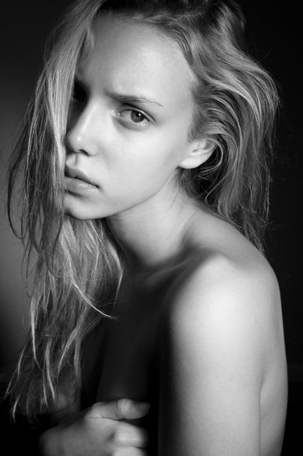 robertaudere:  Malgosia @ Select Model Mgmt [London]   by Robert Audere