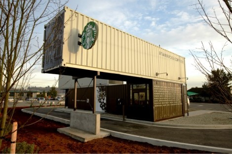 thisbigcity:  Containers reused as coffee shop? Nice. Built as a drive-through to encourage car culture? Terrible. 拿貨櫃改建為咖啡館?很好。 建成得來速鼓勵汽車文化?糟透了。
